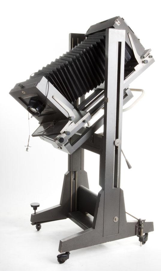 Niektóre spośród najlepszych kamer studyjnych faktycznie są ciężkie i trudne w transporcie; tyle, że w studio nie ma to znaczenia