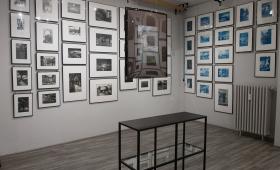 Rozmowy w galerii